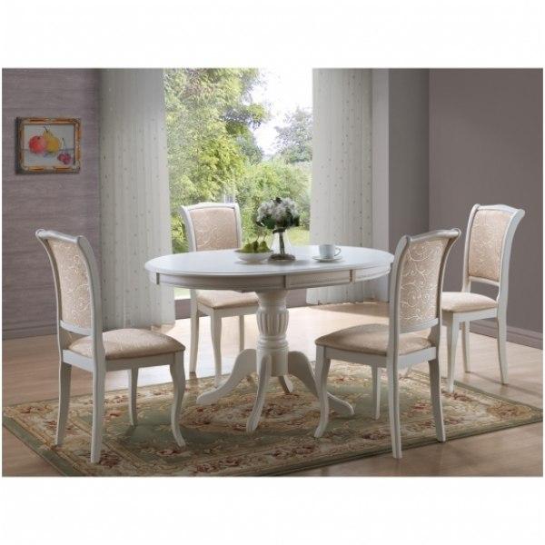 Svetaines stalai ir kedes
